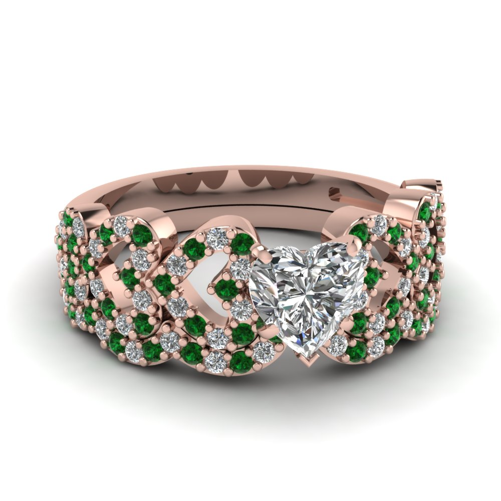 heart design linked diamond wedding set with emerald in FDENS3051HTGEMGR NL RG.jpg