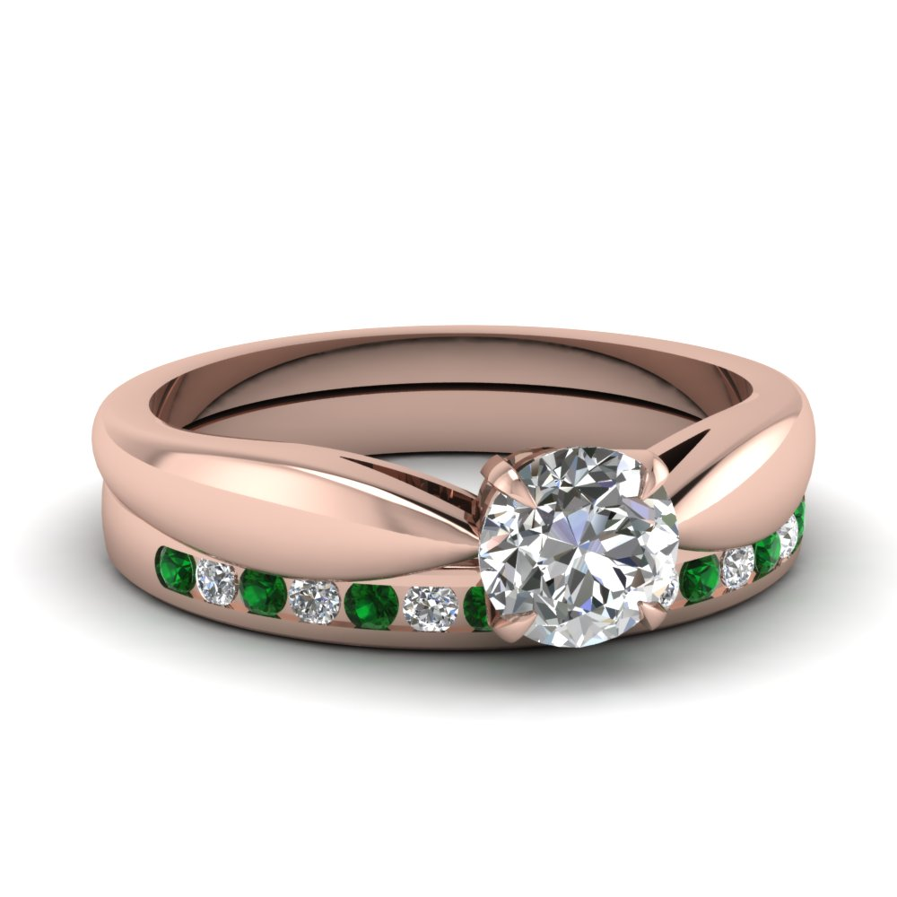 Round Diamond Emerald Wedding Ring Set