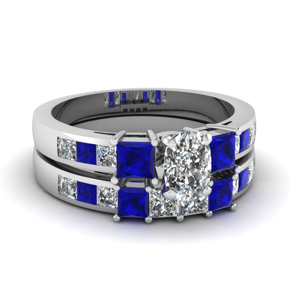 Fascinating diamonds for Blue sapphire wedding ring set