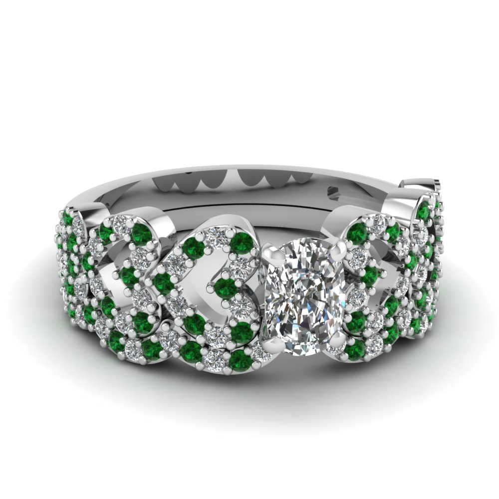 cushion cut heart design linked diamond wedding set with emerald in FDENS3051CUGEMGR NL WG.jpg