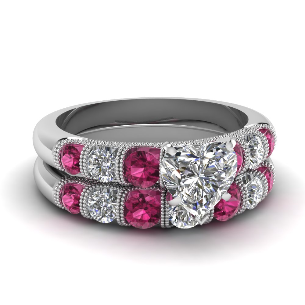 Graduated Milgrain Diamond Wedding Set