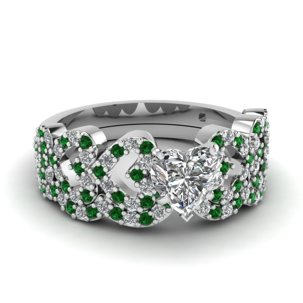 heart design linked diamond wedding set with emerald in FDENS3051HTGEMGR NL WG.jpg