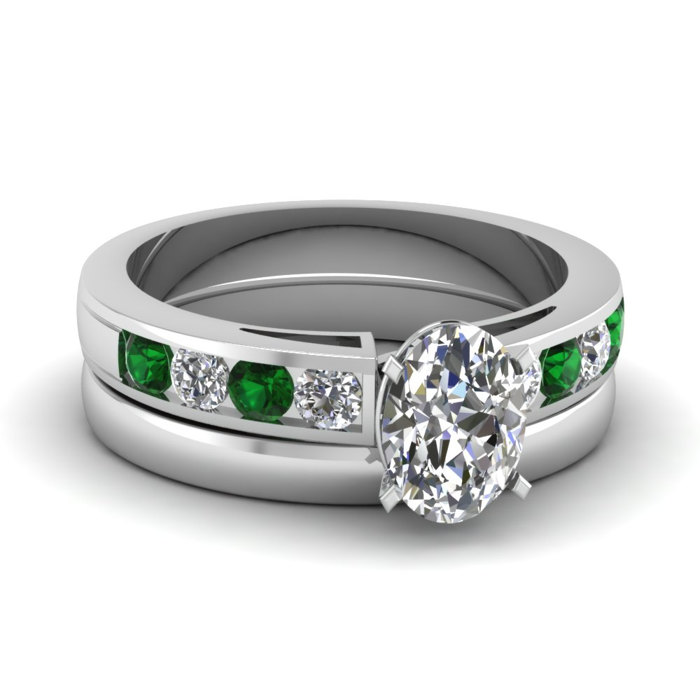 Channel Emerald Ring With Plain Band