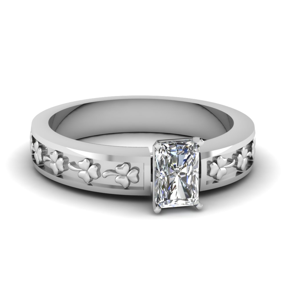 14k White Gold Round 12 Carat Solitaire Engagement Ring
