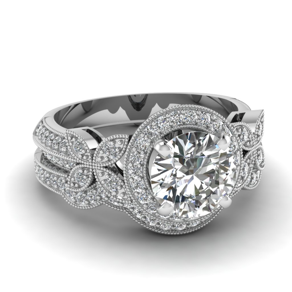 Round Cut Diamond Wedding Set