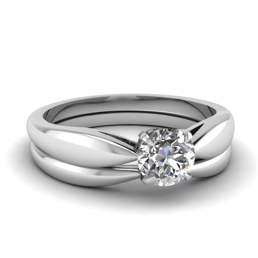 Tapered Bow Solitaire Wedding Ring Set