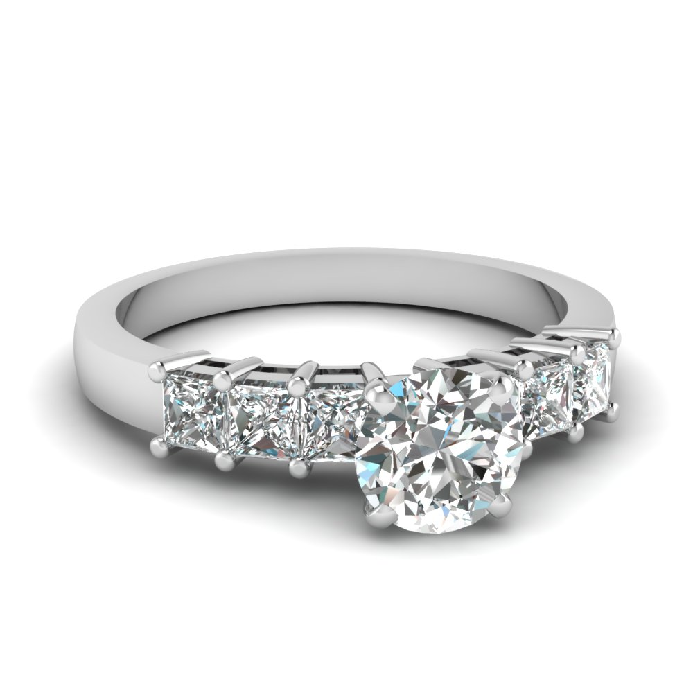 Round Cut Diamond Engagement Ring With Princess Accents
