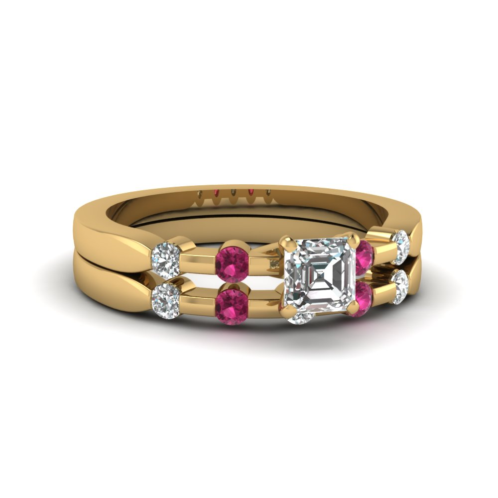 Bezel Princess Sapphire Yellow Gold Wedding Ring Set
