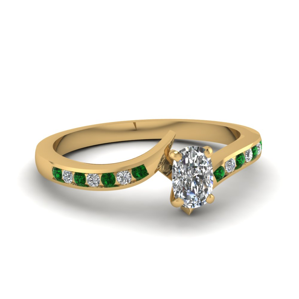 twist channel cushion diamond ring with emerald in FDENS3094CURGEMGR NL YG 30