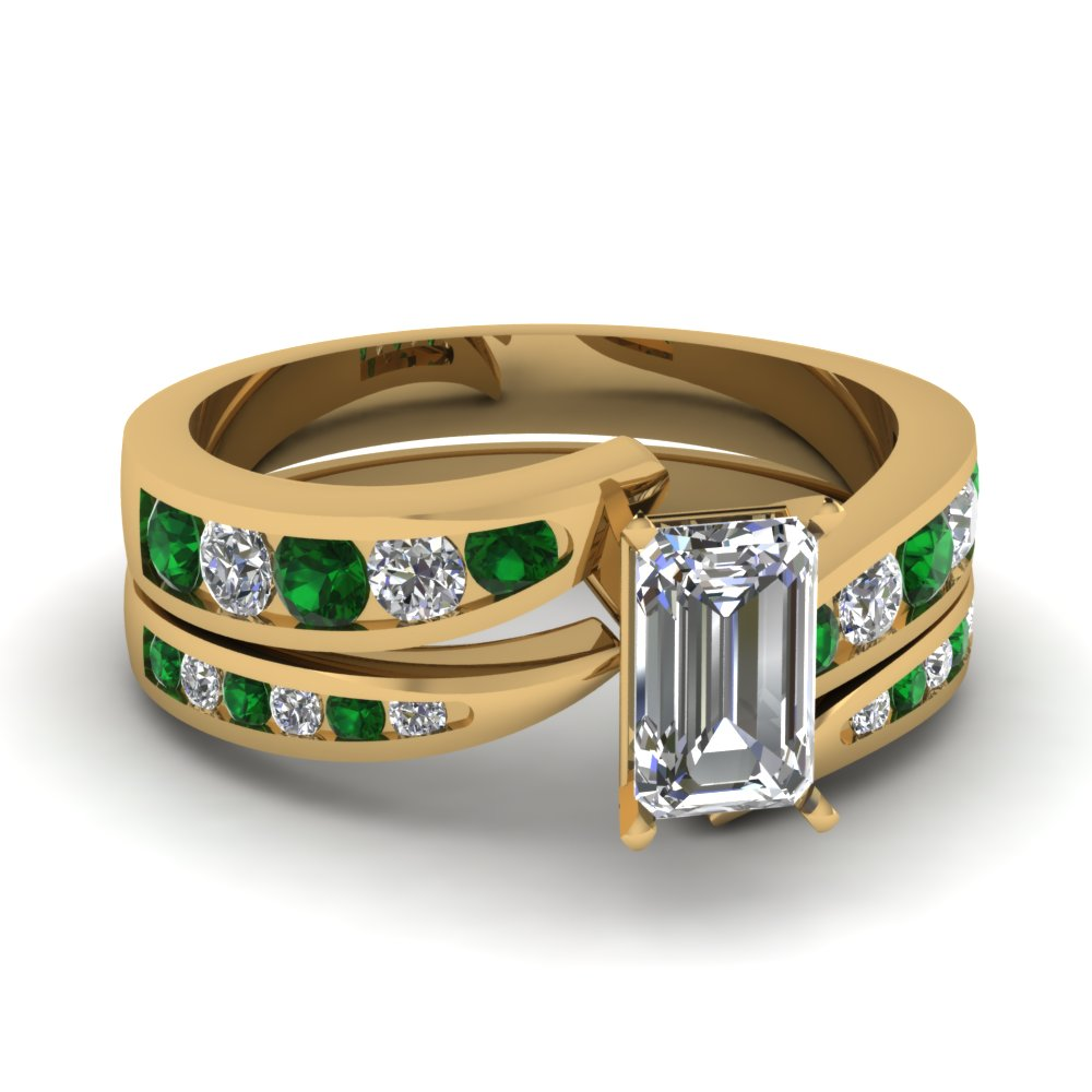 emerald cut swirl channel diamond bridal set with emerald in FDENS4028EMGEMGR NL YG.jpg
