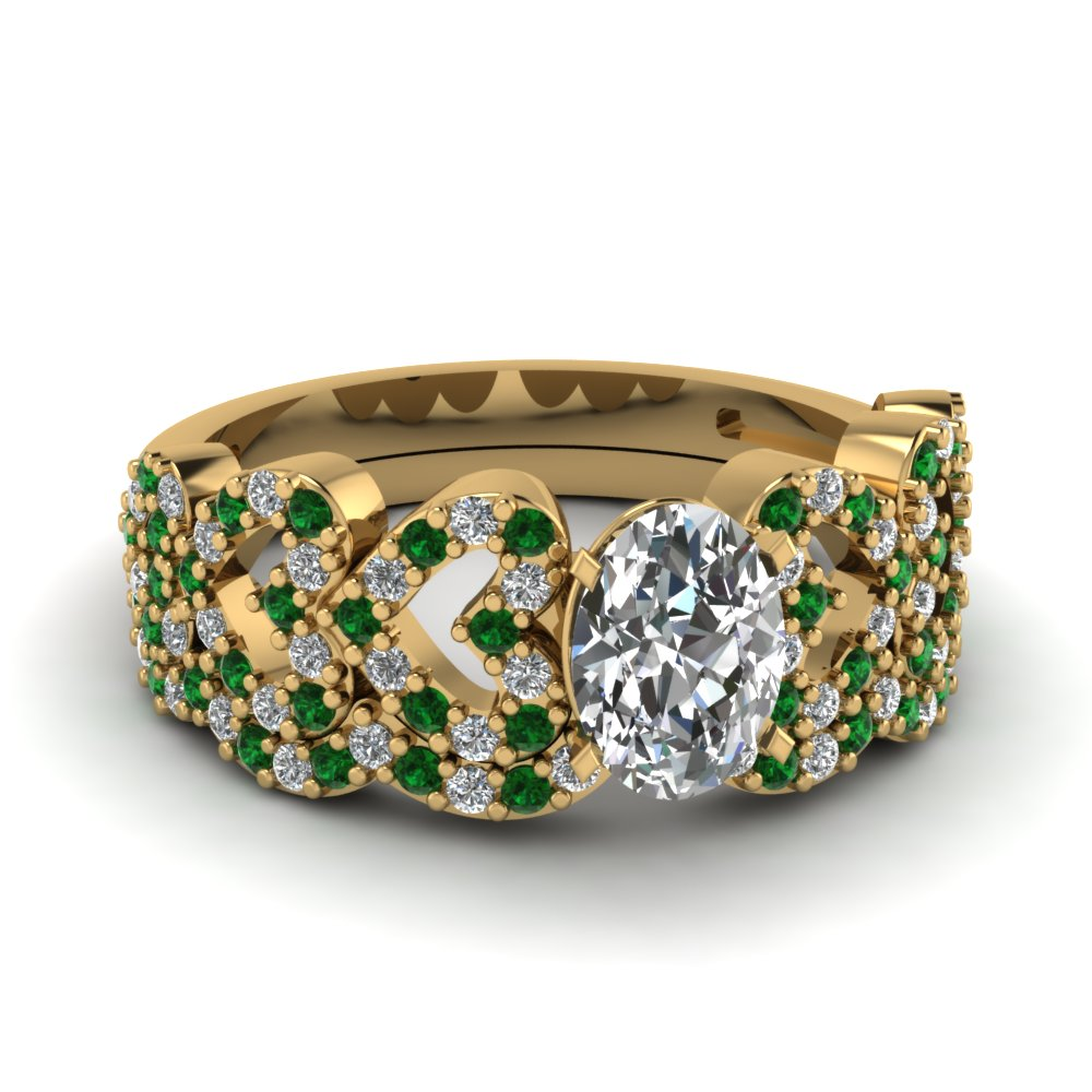 oval shaped heart design linked diamond wedding set with emerald in FDENS3051OVGEMGR NL YG.jpg