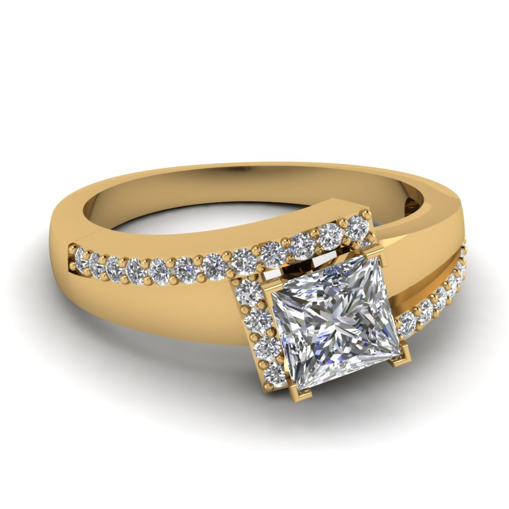 Unique Yellow Gold Ring Princess Cut